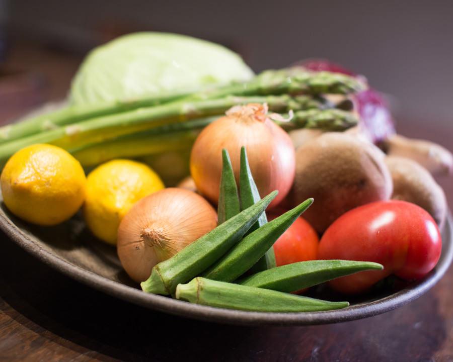 こだわりの焼き鳥と国産野菜を使用した創作料理が楽しめる【焼鳥酒膳 鸞「らん」】